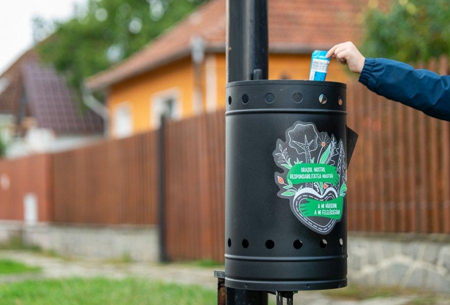 600 de coşuri de gunoi stradale vor fi amplasate în Sfântu Gheorghe