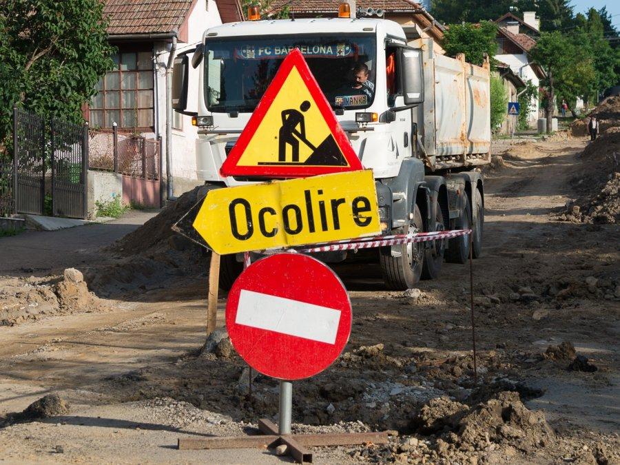 Lucrări în desfăşurare pe mai multe străzi din Sfântu Gheorghe